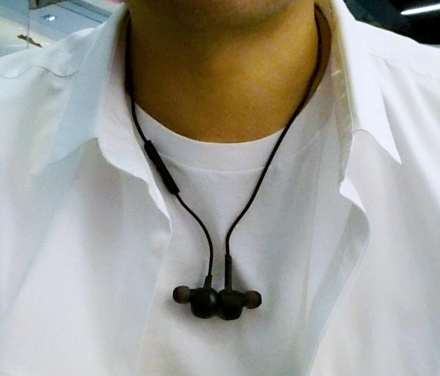 Jabra Rox Wireless as Necklace