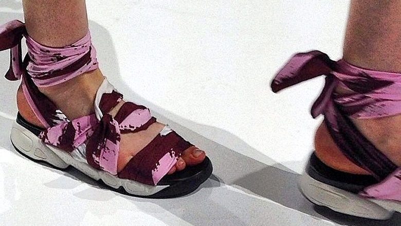 Dior cruise 2015 catwalk scarf-sandals