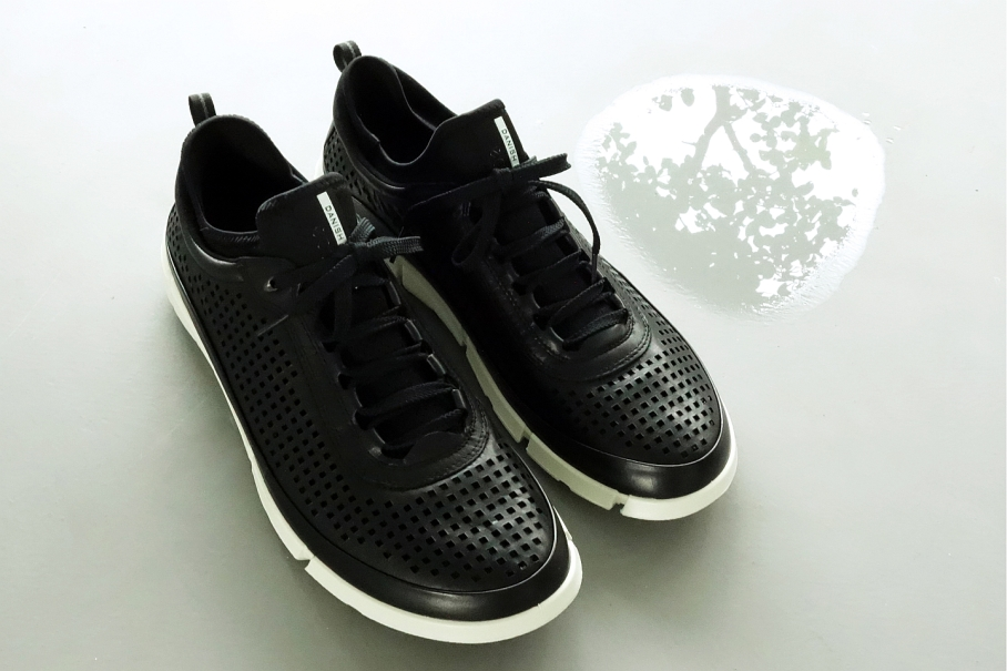 Ecco Intrinsic 1 peforated leather