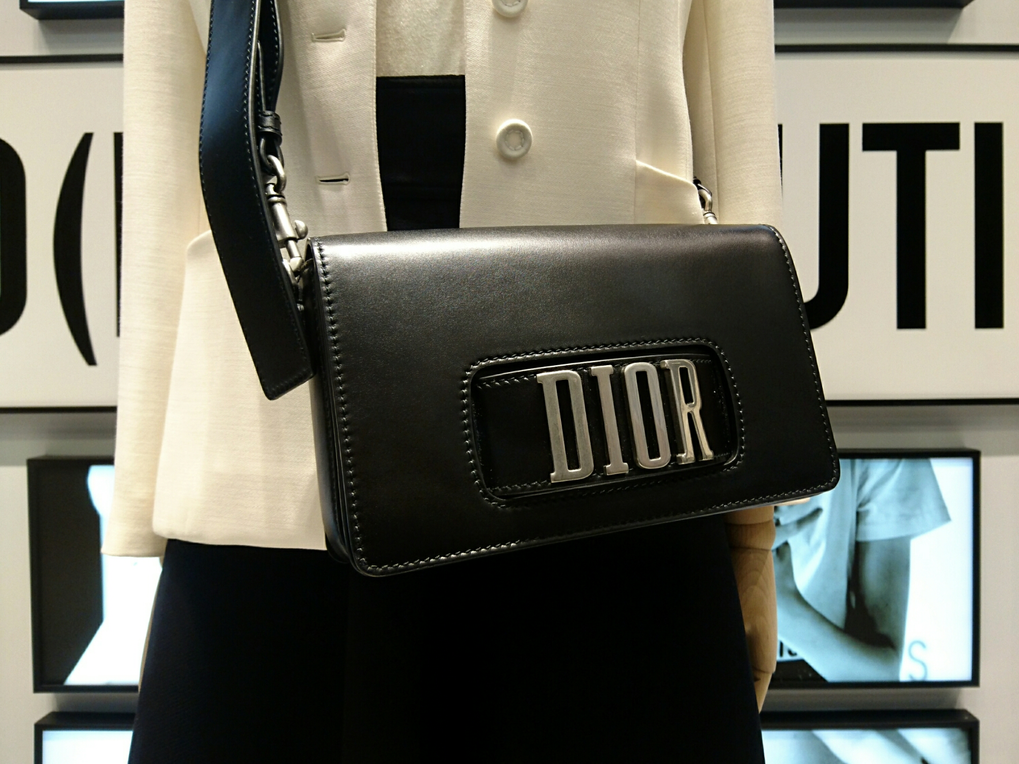0305f49524f ... this afternoon to acquaint ourselves with the debut collection of Maria  Grazia Chiuri brought us face to face with the Dio(r)evolution calfskin bags