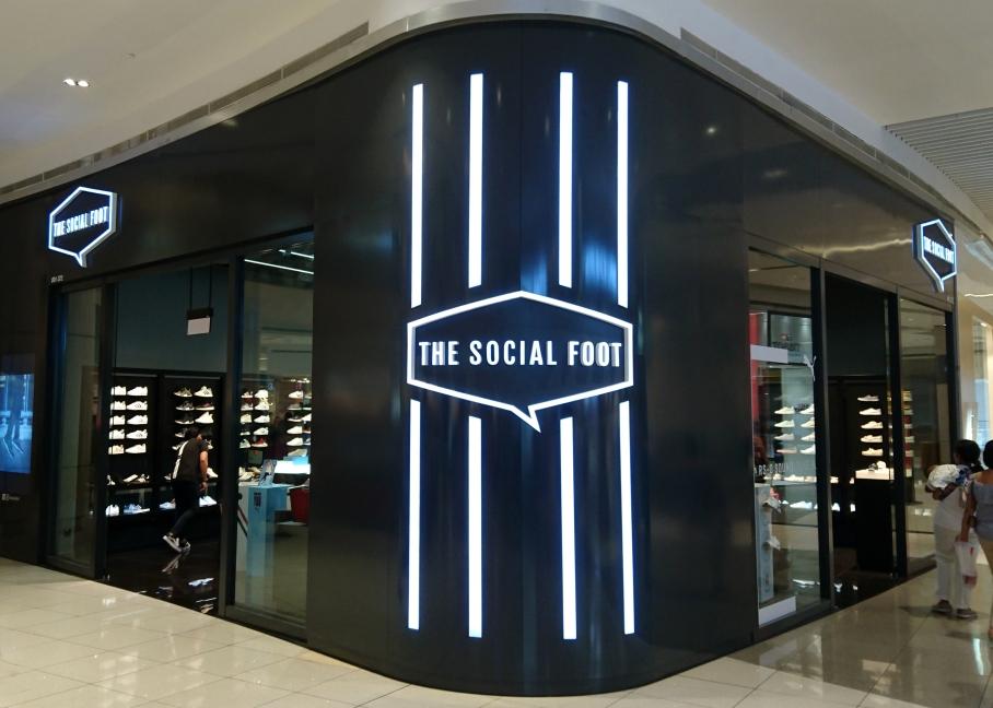 The Social Foot P1