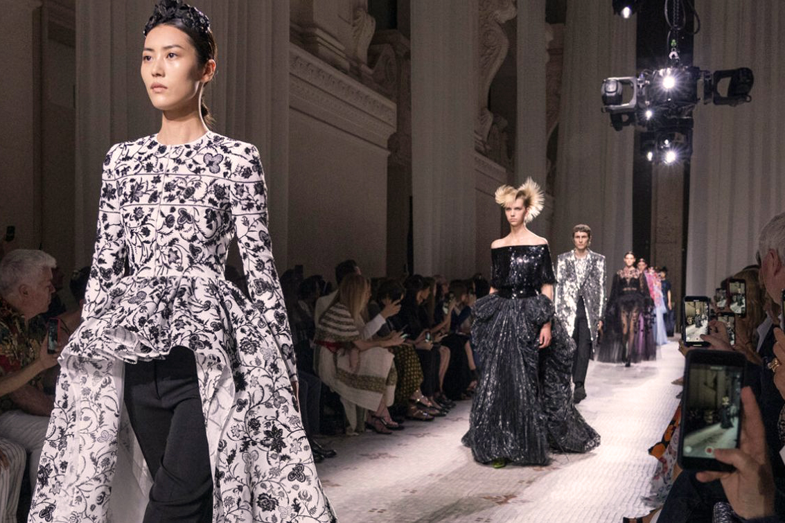 Givenchy Couture Fall 2019 M1