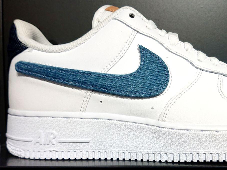Nike Air Force 1 '07 LV8 op
