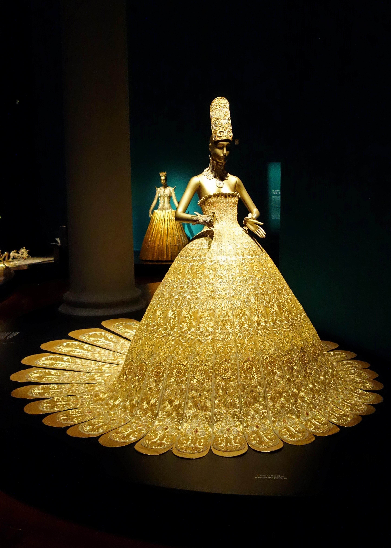 Magnificent gold Guo Pei.jpg