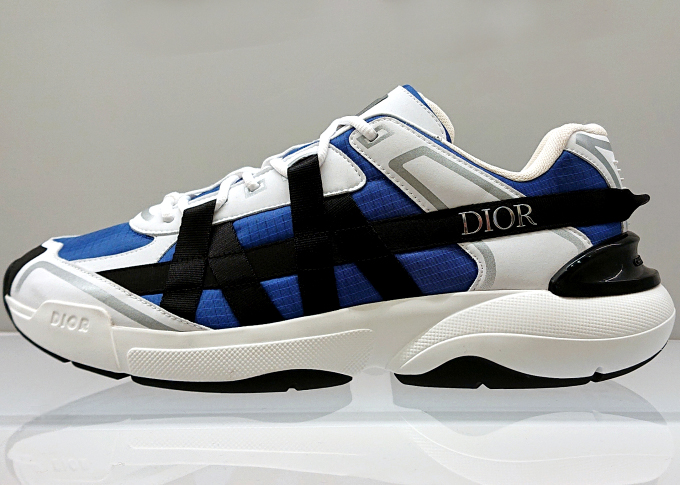 Dior B24 Runtek